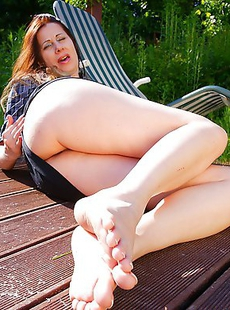 Horny housewife playing in her garden