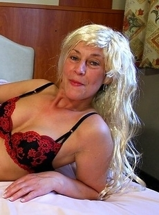 This naughty housewife loves to get dirty