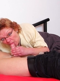 Naughty mature slut getting fucked by her toy boy