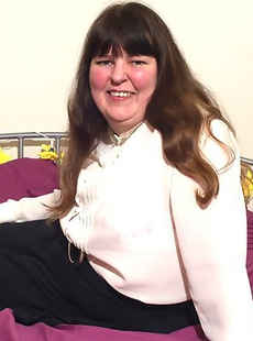Big mature lady from England goes bananas